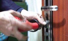防盗门密码锁怎么开?开锁师傅就来教大家几种方