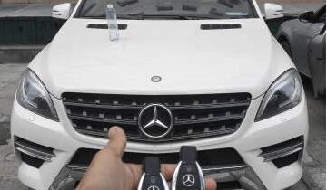 郑州开汽车锁电话 郑州配汽车钥匙一般多少钱?